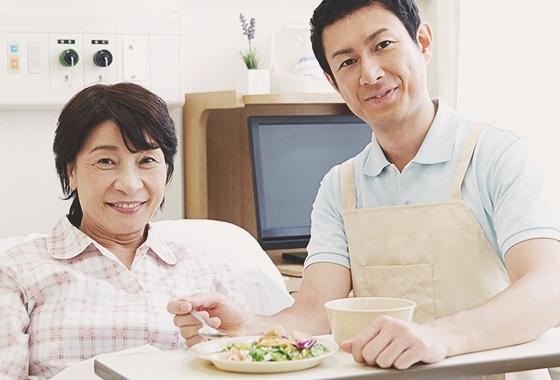 病院での食事イメージ画像